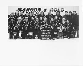 The Stingers women's hockey team at the Theresa Humes Hockey Tournament