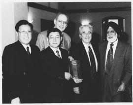 Martin Singer, Frederick Lowy, Balbir Sahni and academics from China